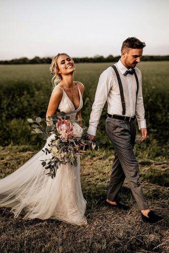 Phụ kiện vest cưới nam
