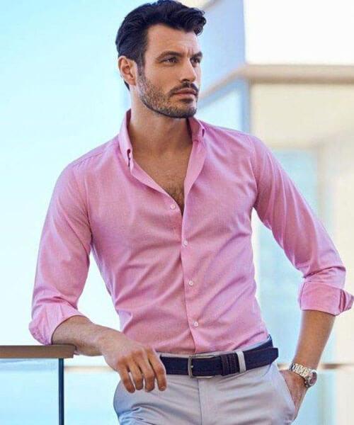 Áo sơ mi màu hồng