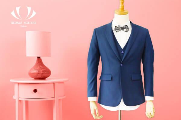 Mẫu áo vest nam được may từ Thomasn Nguyen Tailor