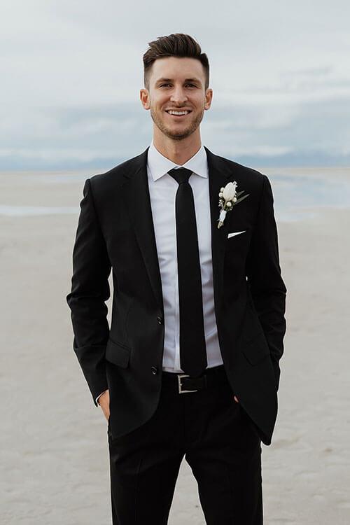 vest đen cưới