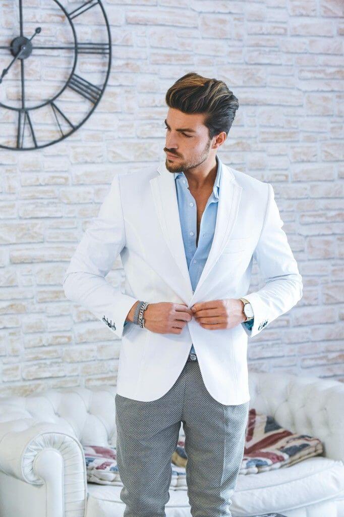 Áo khoác blazer nam với phom dáng thoải mái