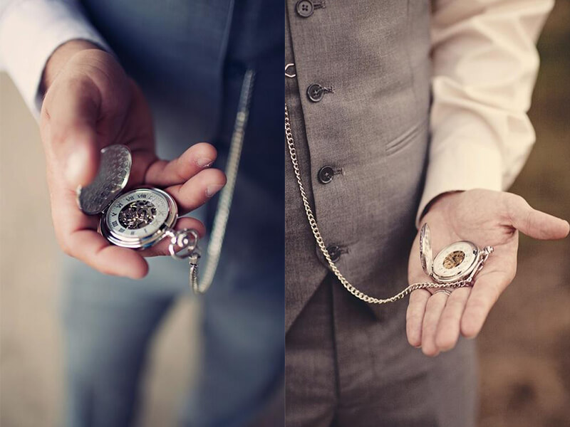 Phối thêm phụ kiện đồng hồ khi không thắt cà vạt