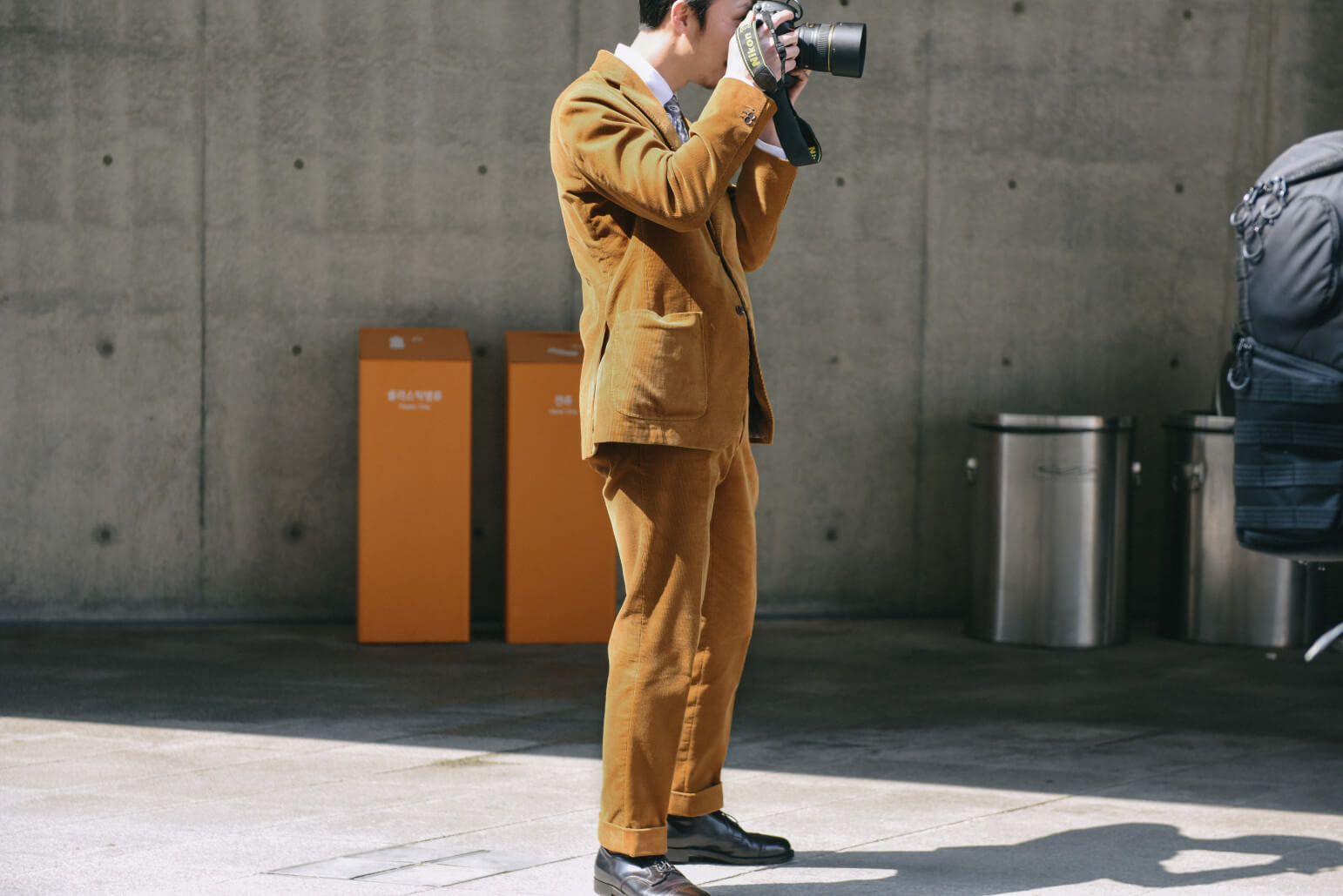Quy tắc phối màu thường thấy giữa áo vest Hàn Quốc và áo sơ mi