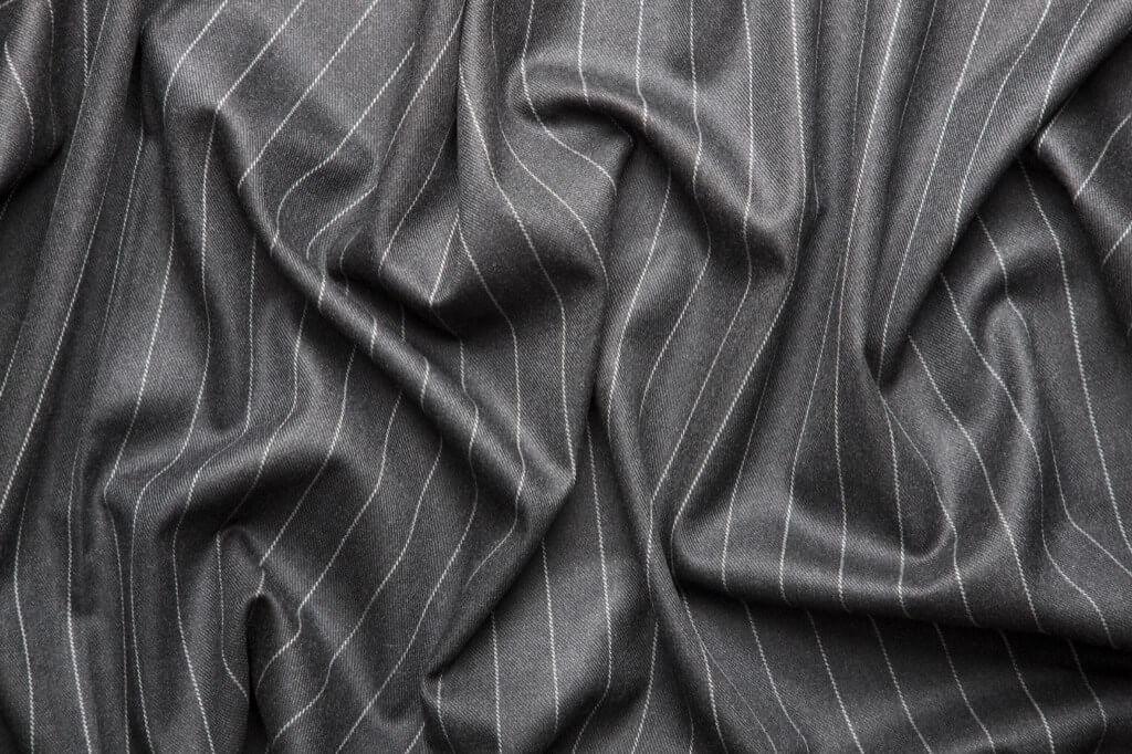 Độ bóng, độc nhăn cho thấy chất lượng của một bộ quần áo