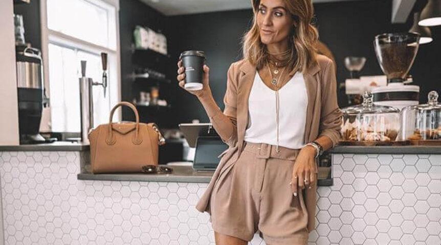 4 cách mặc thời trang cho bộ vest nữ quần ngắn