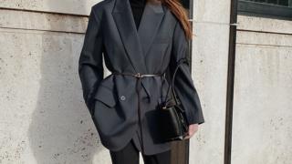 5 bộ vest nữ đẹp, ấn tượng cho quý cô công sở cả tuần rạng rỡ