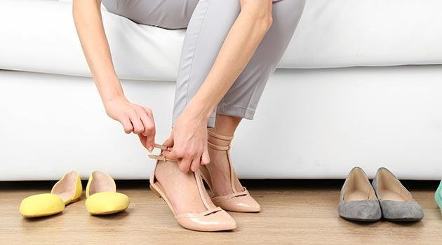 Giày quai hậu và giày bệt cho nữ