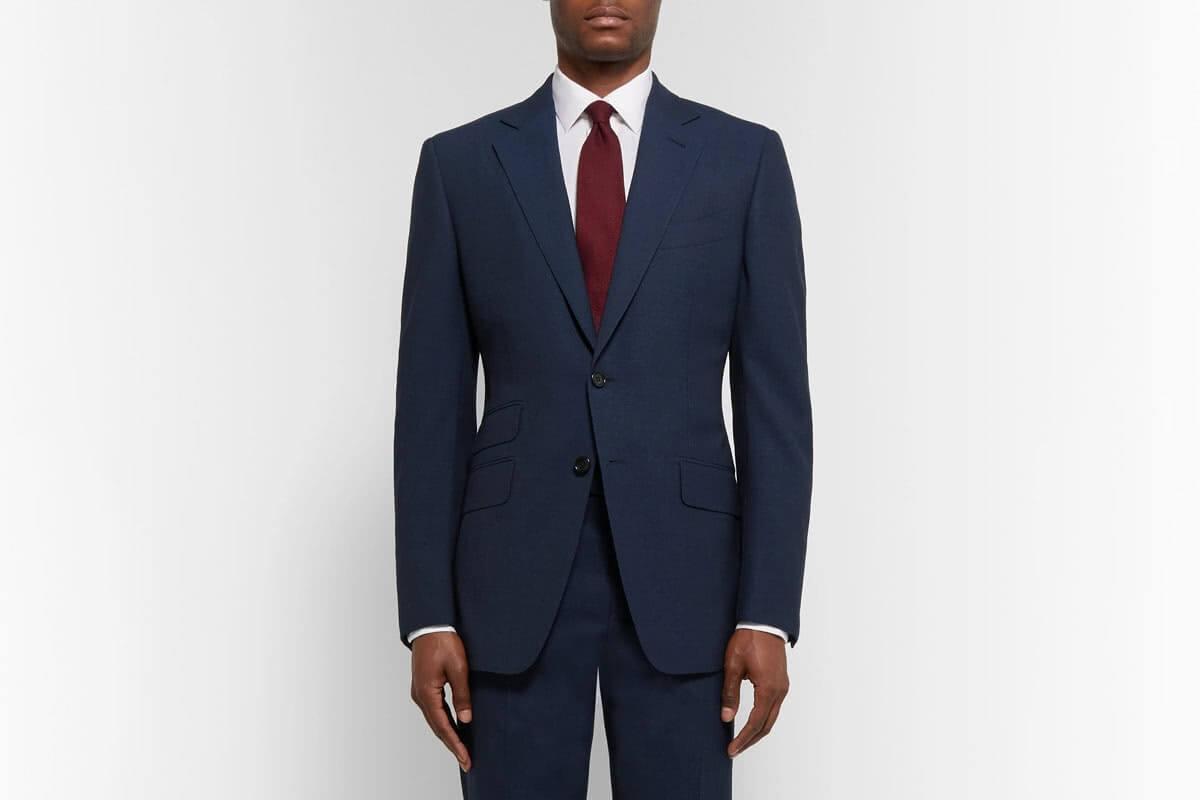Suit xanh tinh tế